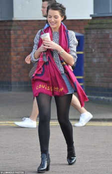 Helen Flanagan - Out and About - x 3 lq