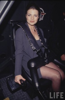Share yasmine bleeth in pantyhose