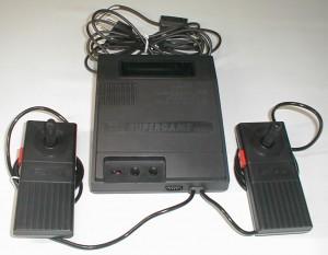 [Review] Coleco Gemini, o clone mais famoso do Atari 2600 B3fd4f353859500