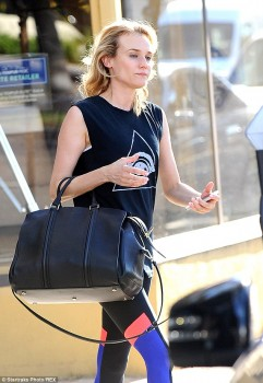 Diane Kruger - After the gym - x 4 lq