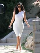 Kim Kardashian - Leaving a friends home in Studio City 10/15/14