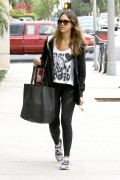 Jessica Alba - heads to the gym in LA October 15-2014 x16