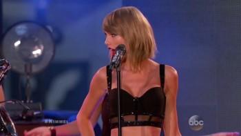 TAYLOR SWIFT - HOT - Jimmy Kimmel 10.23.14