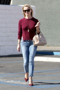 Reese Witherspoon grabs lunch with a gal pal in L.A. October  27-2014 x101