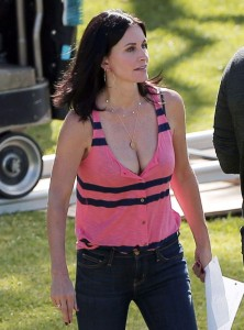 "Courteney Cox, ""Cougar Town"" Set, Los Angeles, 29 october 2014"