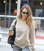 Jessica Alba Have a busy morning in Santa Monica October 31-2014 x22
