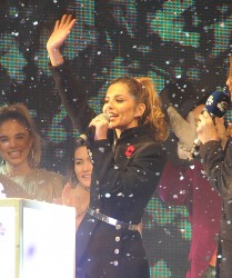 Cheryl Fernandez-Versini Cole Switches on the Oxford Street Christmas Lights in London 06/11/2014 24
