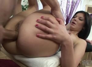 agnia-zemtsova-seks-video-onlayn