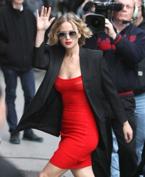 Jennifer Lawrence Going to and at the 'Late Show with David Letterman' in NYC 11/12/14 23