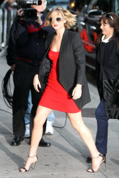 Jennifer Lawrence Going to and at the 'Late Show with David Letterman' in NYC 11/12/14 18