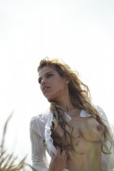 http://thumbnails111.imagebam.com/36419/a224dd364187069.jpg