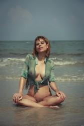 http://thumbnails111.imagebam.com/36419/b98882364188596.jpg