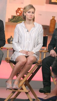 Jennifer Lawrence 'Good Morning America' in NYC 11/13/14 14