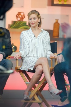 Jennifer Lawrence 'Good Morning America' in NYC 11/13/14 27