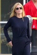 Gwyneth Paltrow heads to a local office for a casual meeting November 17-2014 x41
