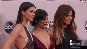 KYLIE & KENDALL JENNER - HOT - AMA's 2014