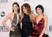 Kendall Jenner attends the 2014 American Music Awards at Nokia Theatre L.A. Live in Los Angeles, California 23.11.2014 (x112) updatet Dbc335366367034