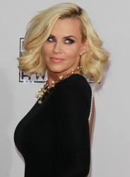 Jenny McCarthy - 2014 American Music Awards in LA (11/23/14)