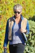 Kaley Cuoco Out and about in LA November 25-2014 x31