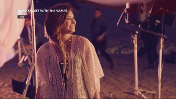 Demi Lovato - The Vamps On Set With...Somebody To You 1080i HDMania
