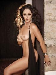 http://thumbnails111.imagebam.com/37040/18804f370394842.jpg
