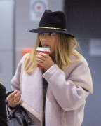 Jessica Alba Arrives at JFK Airport in New York December 9-2014 x7