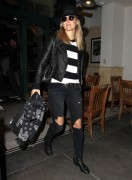 Bar Refaeli - Getting dinner in Beverly Hills 12/11/14