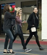 Chloe Moretz Out and about in LA December 19-2014 x7