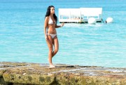Tulisa Contostavlos | Bikini Candids on the Beach in Barbados | December 30 | 40 pics