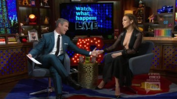 JENNIFER LOPEZ - CLEAVAGE - WWHL 01.22.15