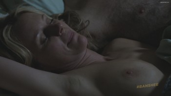 Tanya Clarke  nackt