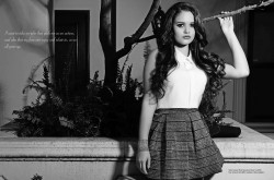 Madison Pettis - Regard Magazine