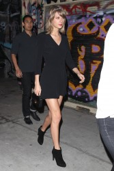 Taylor Swift - seen leaving a bar in Los Angeles 3/14/15