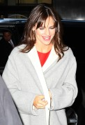 Jennifer Garner Arrives for Today Show in New York March 18-2015 x8