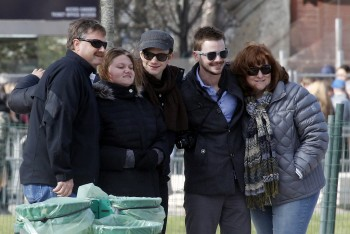 Chris and Family in Paris 400dea399008449