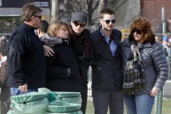 Chris and Family in Paris 8f060c399008462