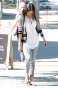 Zoe Saldana out and about in LA March 26-2015 x26