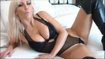 Lana kane nackt