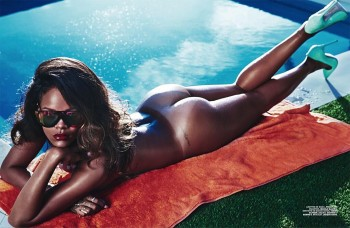 rihanna-naked-leaks-on-boat-girl-with-butt-plug