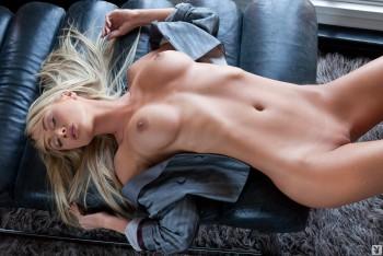 http://thumbnails111.imagebam.com/36794/70cb6a367939481.jpg