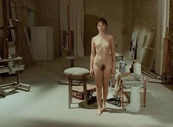 mainstream naked girl pics